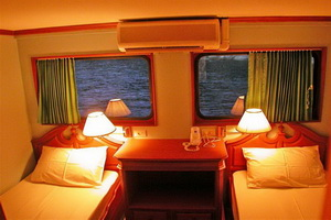 South Siam 3 twin upper deck cabin