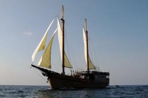 Diva Andaman liveaboard cruising