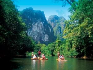 Khao Sok rafting