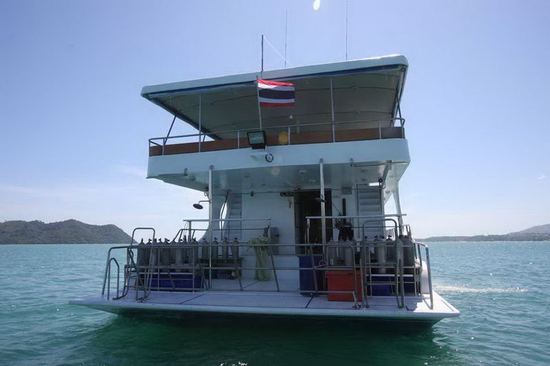 Pawara stern view of the dive deck