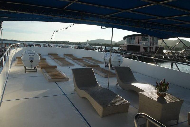 Pawara top deck