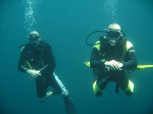 Peak performance buoyancy course Phuket