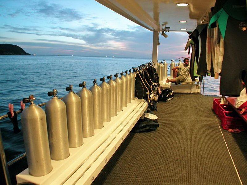 South Siam 3 dive deck