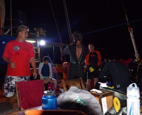 junk night dive