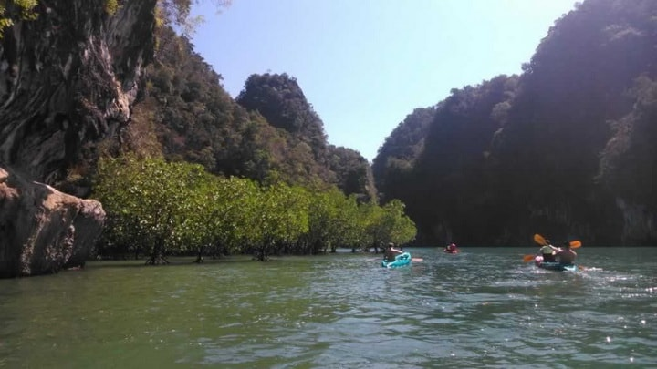 Kayaking Ao Thalane
