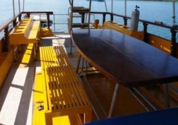 Nangnuan dining and dive deck