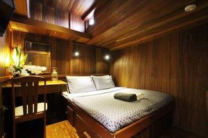 Diva liveaboard double cabin