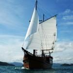 Diva liveaboard sailing