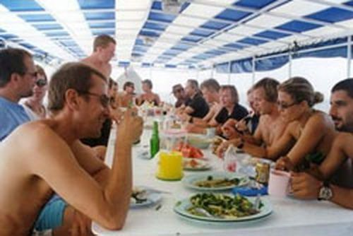 Andaman guests having lunch