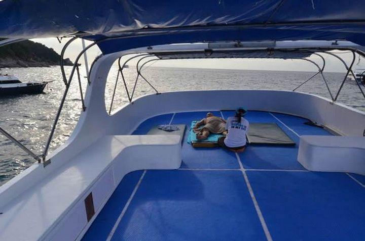 Andaman Tritan sun deck