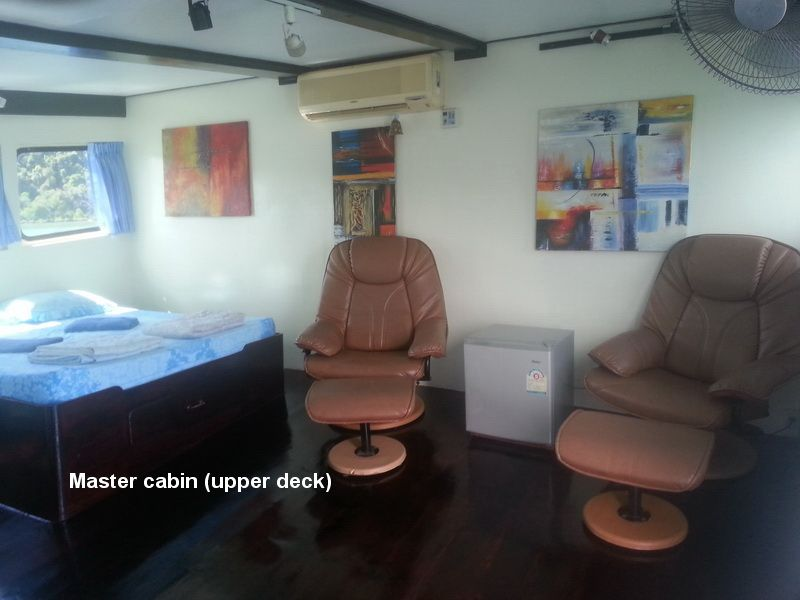 Oktavia's spacious master cabin