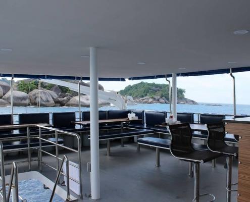 Bavaria main deck