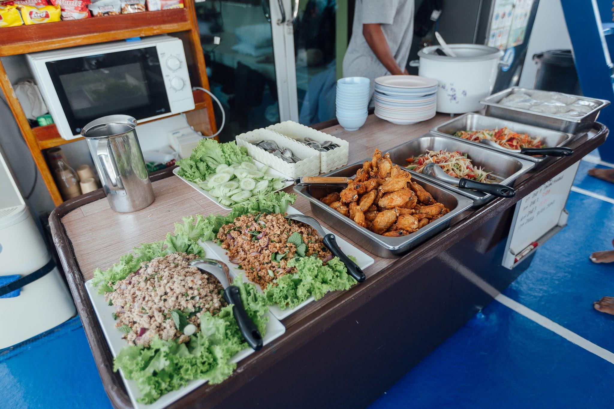 food on peterpan liveaboard