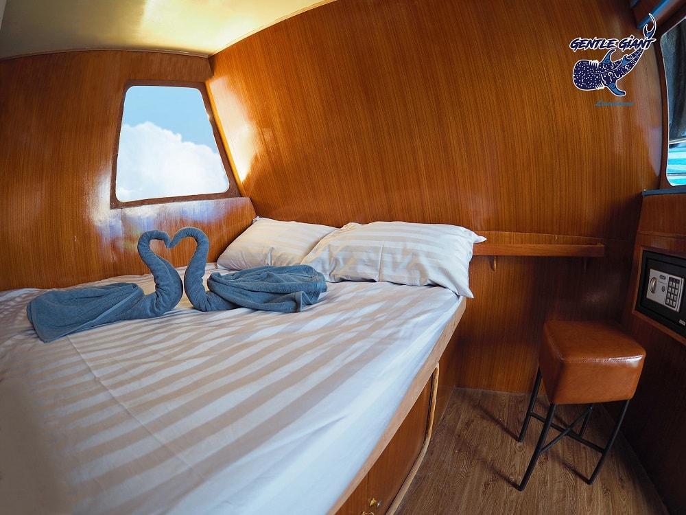 Gentle Giant deluxe cabin
